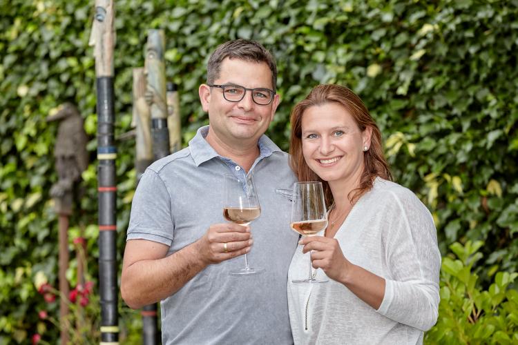 Eva und Daniel – Inhaber der Isanga Lounge